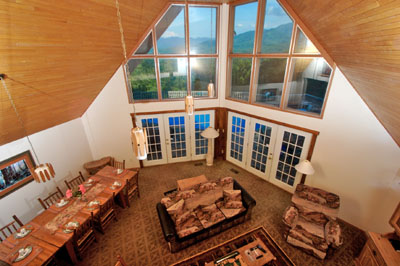 2 Bedroom Deluxe Log Cabins In The Smokie Mountains, Large Family Reunion  Chalets Near Gatlinburg ...